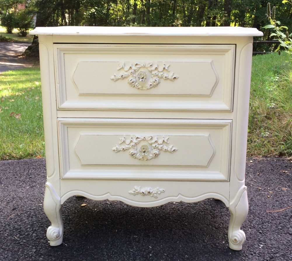 vintage french provincial nightstand painted. Black Bedroom Furniture Sets. Home Design Ideas
