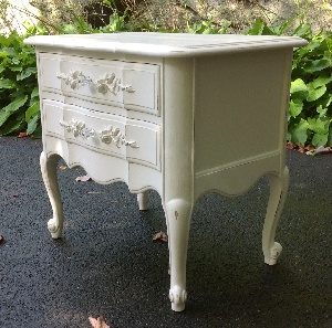 Girls bedroom furniture nightstand in white