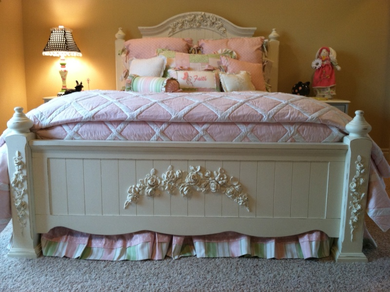 Queen sized cottage bed painted white