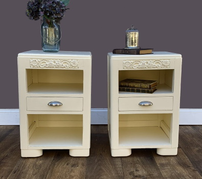 Mid century Modern matched nightstands
