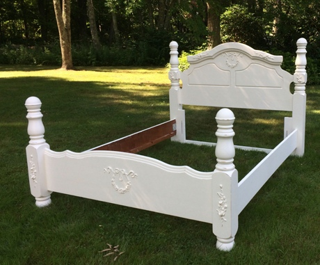 Queen size shabby Chic bed painted white