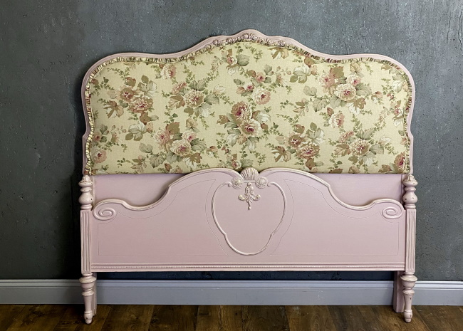 Upholstered shabby chic pink bed