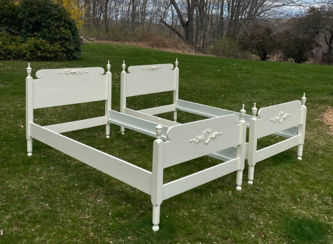 Shabby chic twin bed set