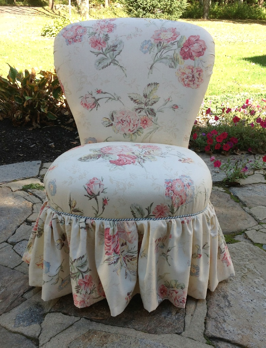 Shabby Chic Slipper Chair With Roses
