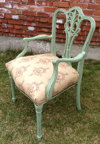 Vintage chalk painted furniture chair