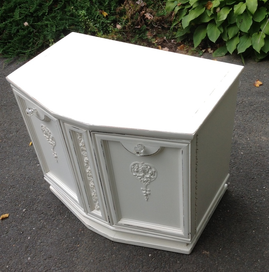 vintage nightstand for girls room