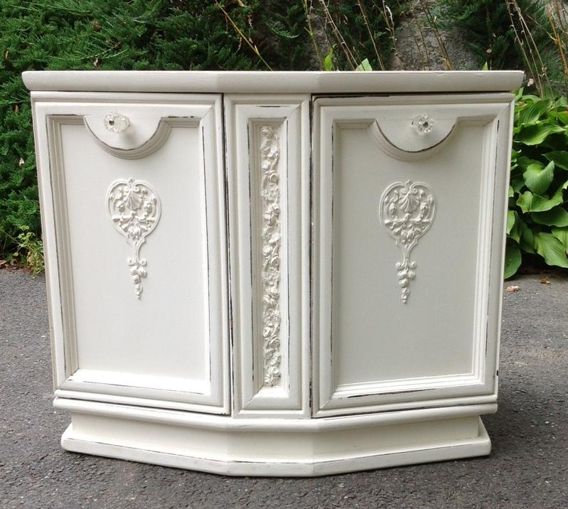 Shabby chic nightstand for childs bedroom